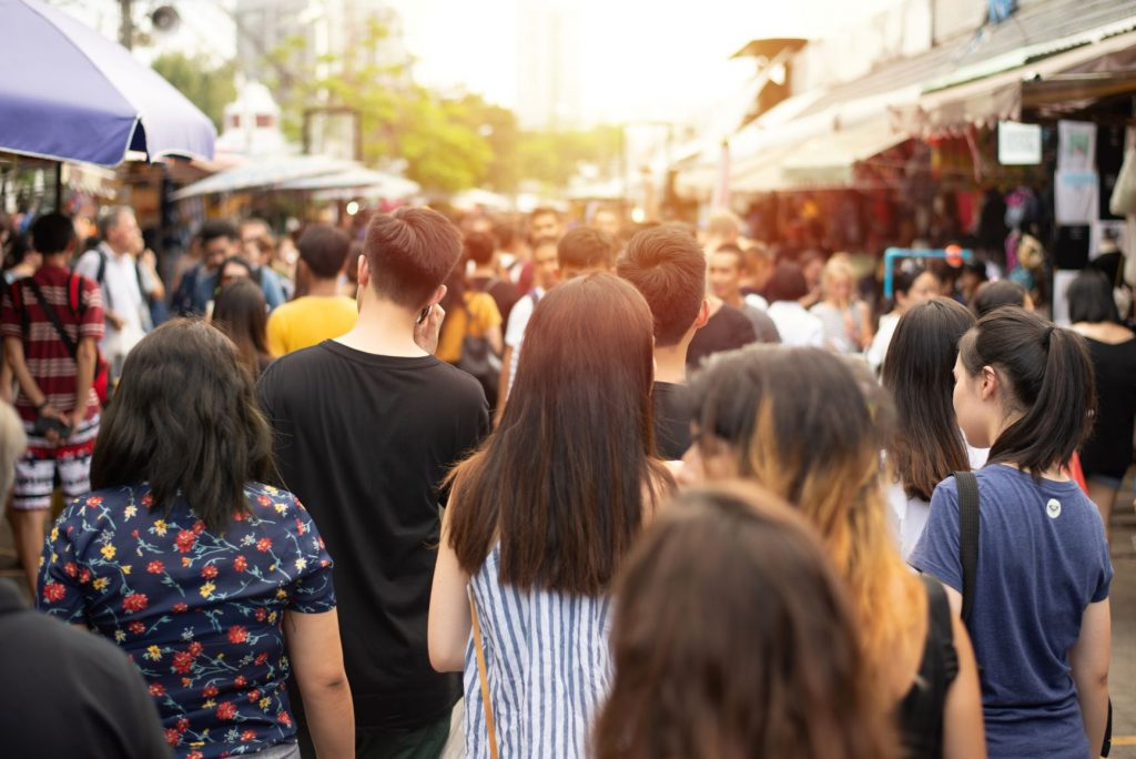 Mercado de China abarrotado de gente